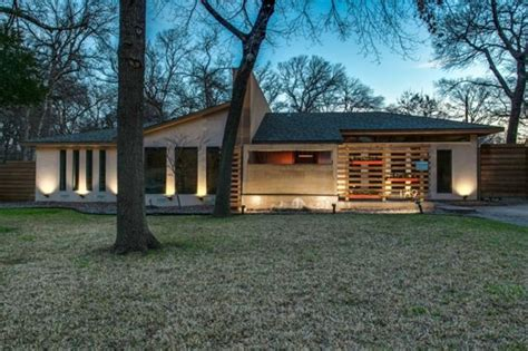 Modern Homes Dallas Tx Design 10 Mid Century Modern Listings Just In Time For Mad Zillow Porchlight