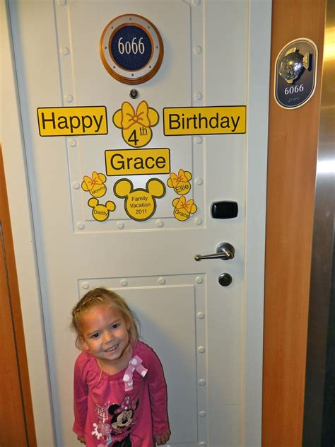 great idea to decorate our door for the since they are their special day so we