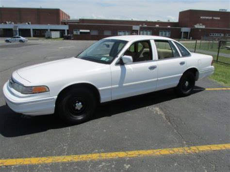 books about how cars work 1997 ford crown victoria parental controls purchase used 1997 ford crown victoria p71 police interceptor low original miles 67k fast in