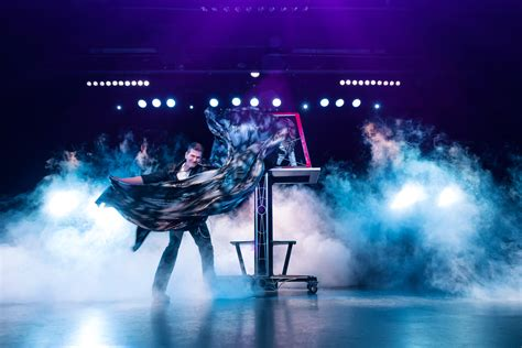 live entertainment niagara falls plenty of live theatre in niagara falls this season