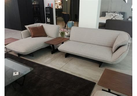 cassina canape ex display 550 beam sofa cassina sofa milia shop