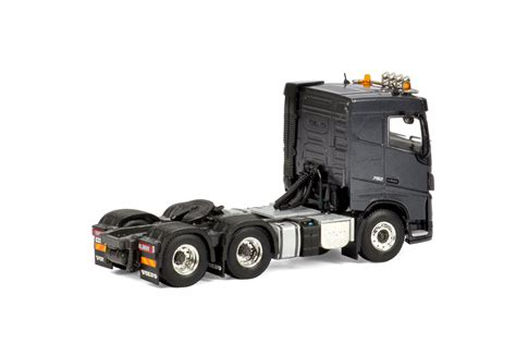 volvo truck sleeper cabs wsi truck 1 50 premium line volvo fh 4 sleeper cab 6x2 tag