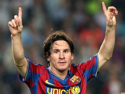 lionel messi biography com lionel messi profile biodata updates and latest pictures