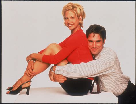 jenna elfmans haircut from dharma and greg can anything beat the rachel these 21 epic 90s