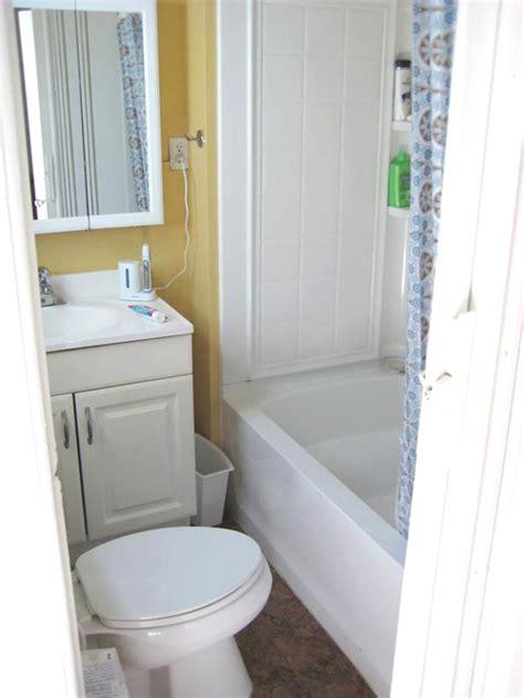 very tiny bathroomschic very small bathroom designs tile đặt bồn tắm vừa kh 237 t ph 242 ng tắm chỉ 3m2 sửa nh 224 đẹp trong ng 245