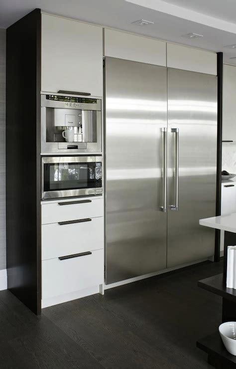Built In Coffee Machine   Contemporary   kitchen   Croma
