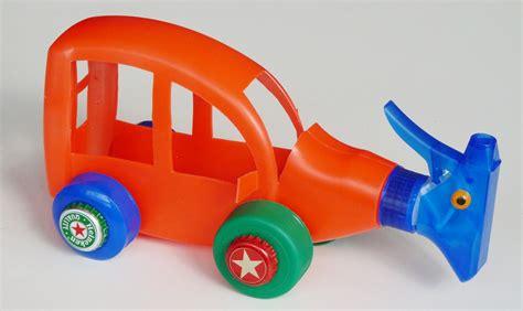 como hacer carrito con material reciclable juguetes ideas para hacer juguetes con material reciclado