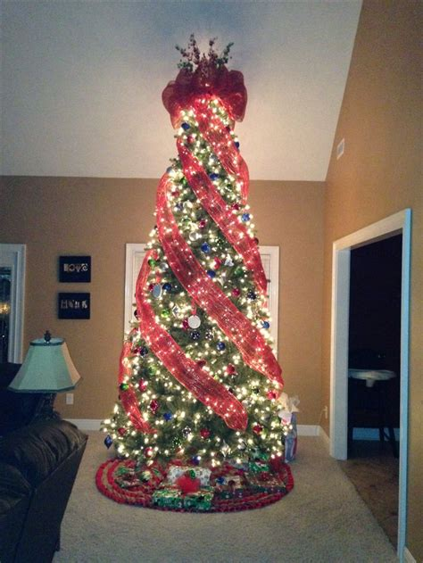 our 12 ft deco mesh christmas tree my life pinterest