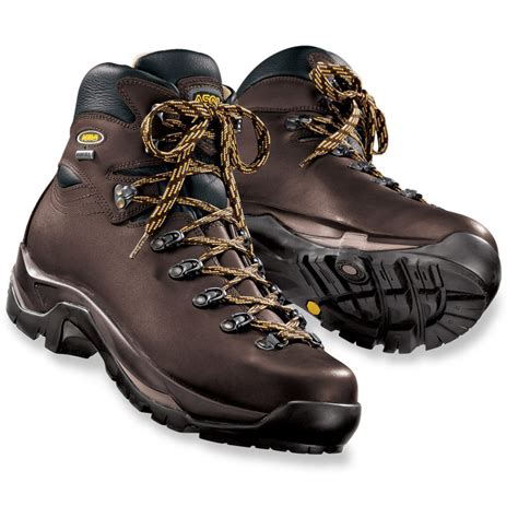 best s hiking boots best hiking boots of 2018 top 5 s and s boots
