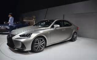 2017 lexus is picture gallery photo 2 12 the car