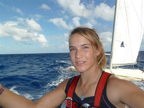 zeilboot laura is laura dekker really sailing around the world pete