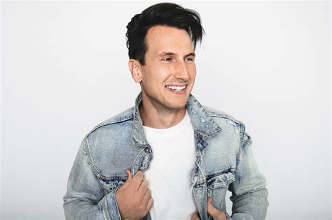 russell dickerson band russell dickerson 5 things to know people