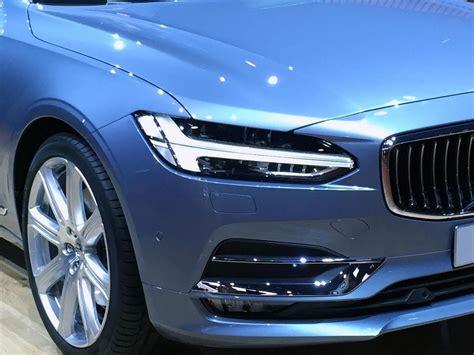 automotive news volvo  pretenders  contenders