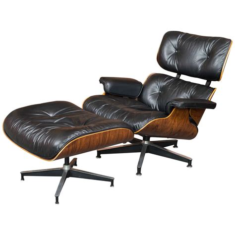 Herman Miller Eames Lounge Chair And Ottoman Eames Rosewood Lounge Chair 670 And Ottoman 671 For Herman Miller At 1stdibs
