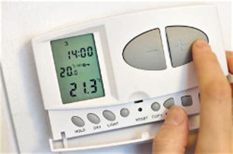 gas vs elektrische öfen heizk 246 rper thermostat elektrische vs programmierbare
