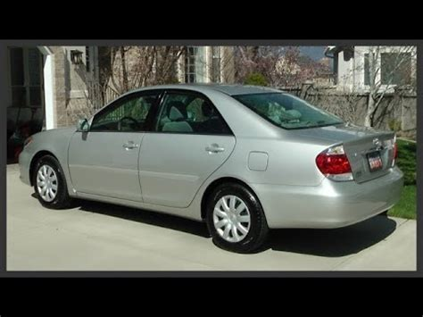 Change Toyota Camry How To Replace A Toyota Camry S Brake Light How To Save