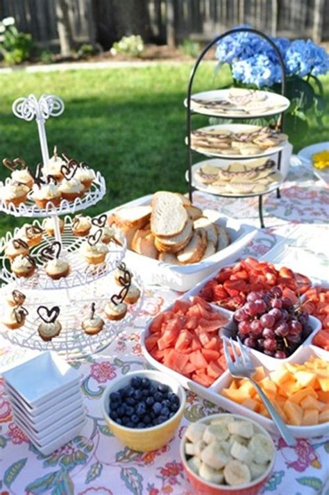 Backyard Wedding Food Ideas by 25 Best Ideas About Outdoor Bridal Showers On