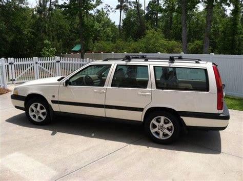 purchase   volvo  xc awd wagon  door   wilmington north carolina united states