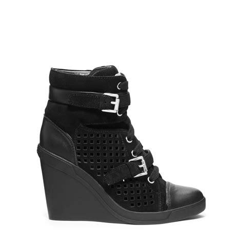 Sneakers Wedges Tali Laser Gsv michael kors skid laser cut suede wedge sneaker in black for lyst