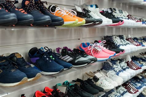 best athletic shoe store best stores for running shoes in los angeles 171 cbs los angeles
