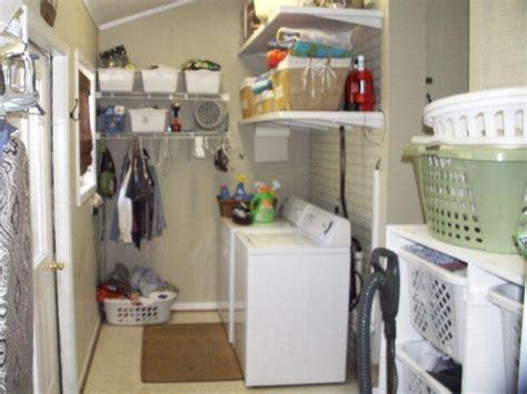 badezimmer handtuch hanging ideas die besten 17 ideen zu w 228 schekorb organisation auf