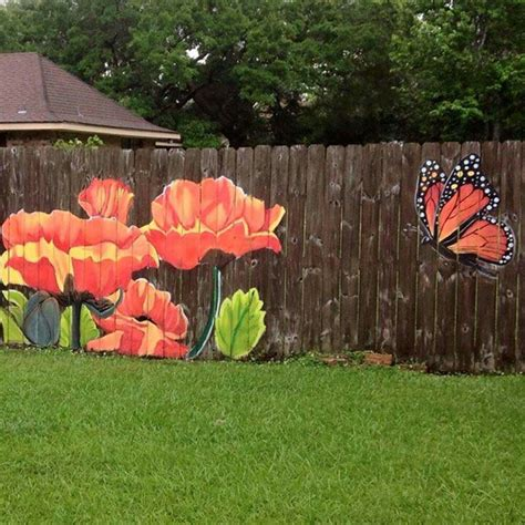 Painting Backyard Fence by Paint A Picture On The Fence Privacy Fence Hub Fences Gardens And Backyard