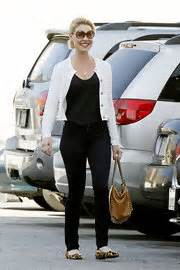 Get Look Hilary Duffs Burch Ballerina Flats by Katherine Heigl Clothes Stylebistro