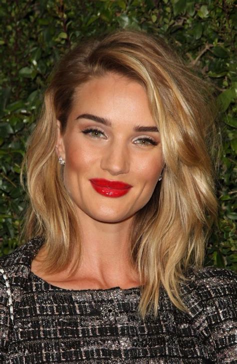rosie huntington side parted lob rosie huntington whiteley bob google search hair