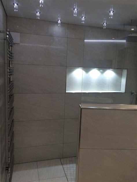 nische mit integrierter beleuchtung badezimmer bad und