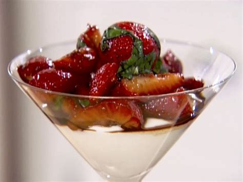 ina garten balsamic strawberries strawberries with a twist the deluded divathe deluded diva