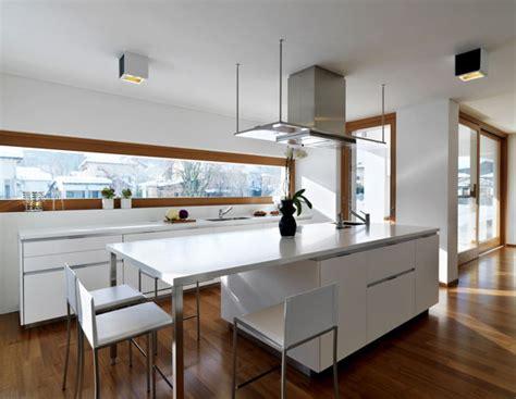 Nowoczesna Kuchnia Z Oknem Bajkowe Wnętrza House Kitchen De