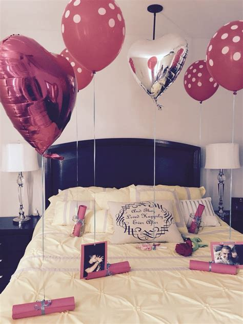 How To Your Boyfriend In The Bedroom by 17 Best Ideas On Husband Birthday