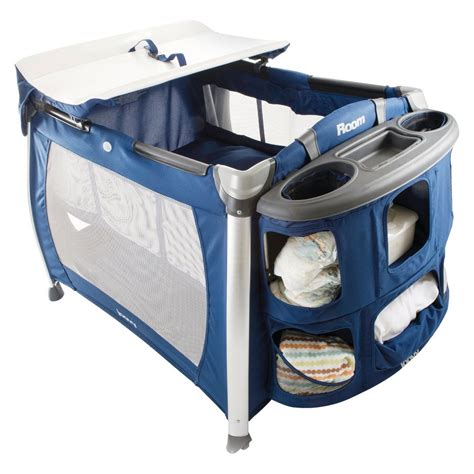 Evenflo Changing Table Evenflo Babysuite Classic Playard With Bassinet Changer