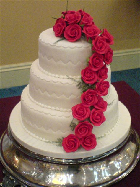 Beautiful Wedding Cakes by Sports Beautiful Wedding Cakes
