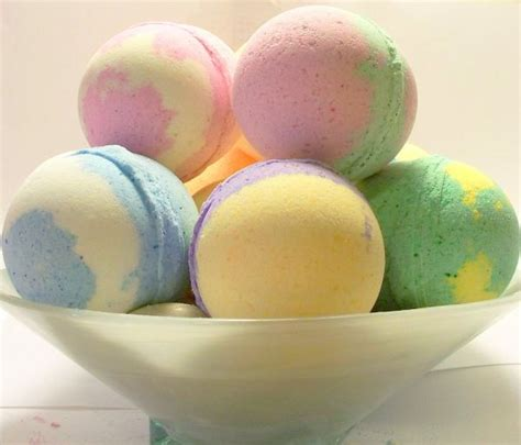 Handmade Bath Bombs - how to make bath bombs 5 easy recipes going evergreen