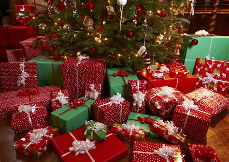 google top christmas gifts buying gifts won t make you happier time