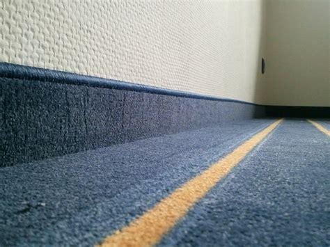 teppich ketteln teppich ketteln sockelleisten fu 223 boden material