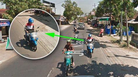 terekam google maps pemotor  malang alami hal apes