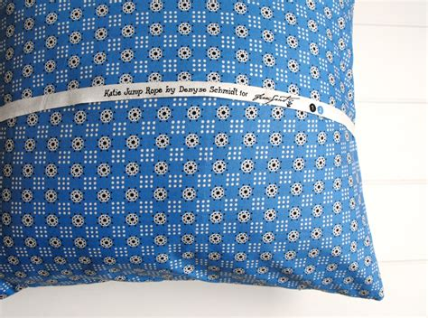 Pillow Material Types by 3 Types Of Pillow Backings To Try