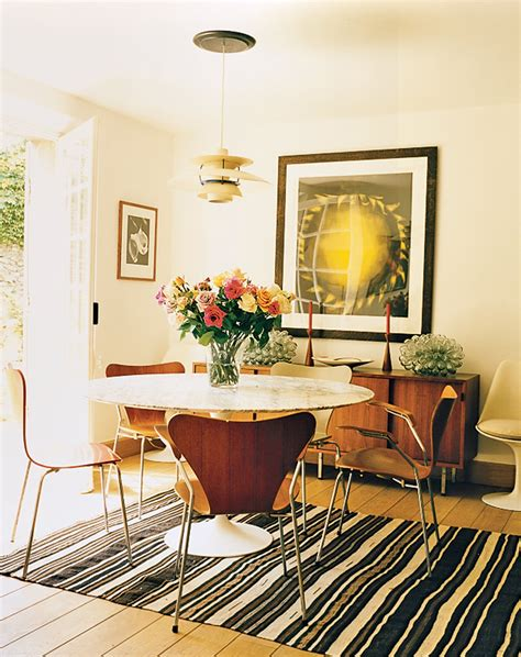Light Colored Dining Room Sets A Look At 30 Dining Rooms In Vogue Photographed Loversiq
