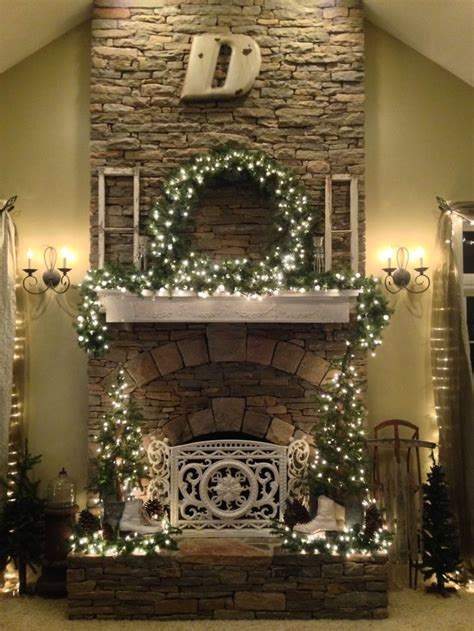Cottage Style Christmas Fireplace And Mantle Decor Cottage Style Fireplace Mantels
