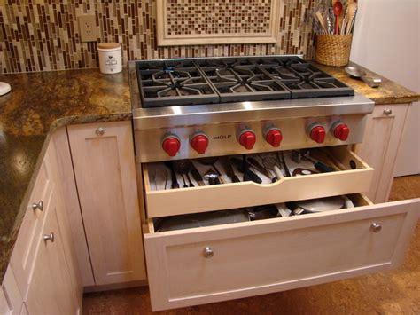 pots pans and utensils drawer kitchen