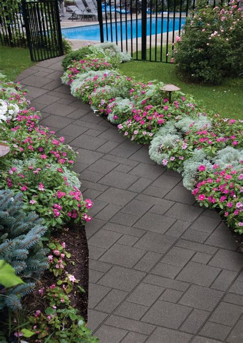 1000 images about flower beds yard decor on pinterest before after home front stoop and
