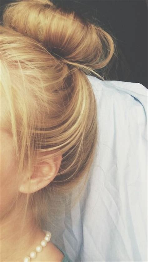 teenage hairstyles buns easy bun pretty updo messy hair hairstyle