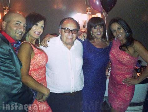 how old is teresa aprea photos bios who are rhonj twins nicole and teresa