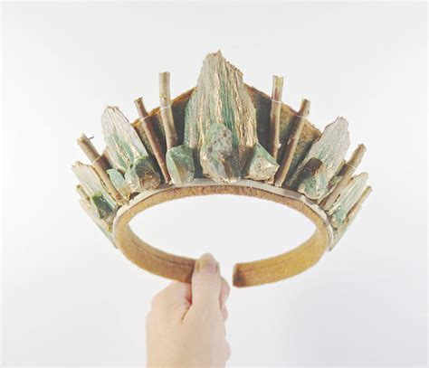 Handmade Crowns - handmade crowns by loschy bored panda