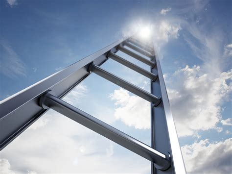 Portable Ladder Safety Tips   Vail Insurance