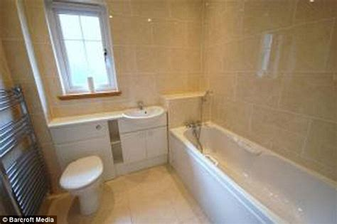 council bathroom susan boyle splashes out 163 300 000 five bedroom scottish