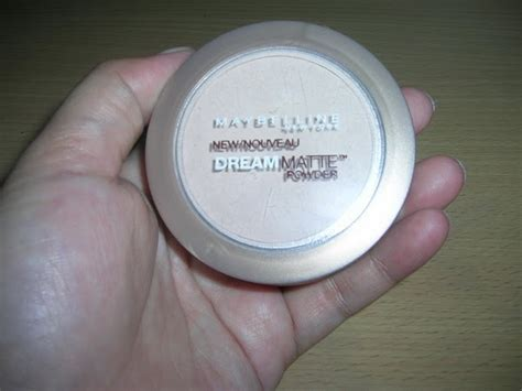 Bedak Maybelline Matte Powder my world maybelline matte powder