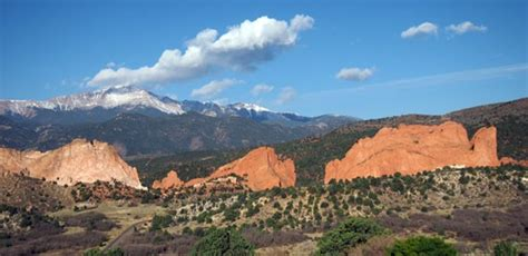 Garden Of The Gods Grill Family Getaway Lodge At Garden Of The Gods Club Colorado